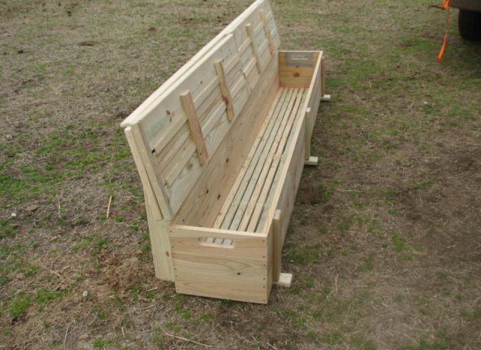 6509 Lake Dock Storage bench