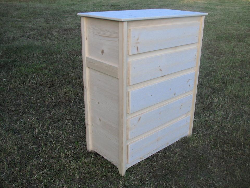 6799 Dresser