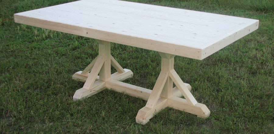 6782 KingsCourt Table – Large